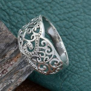 🌺ARTISAN HANDCRAFTED RING